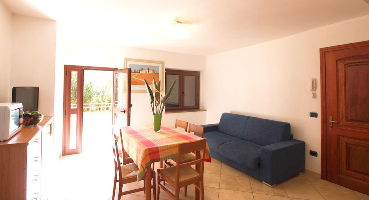 Three-room apartments Residence Due Mari